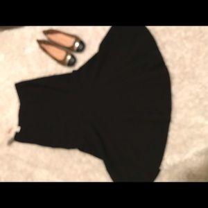 New York & Company Black Swirl Skirt Size 18